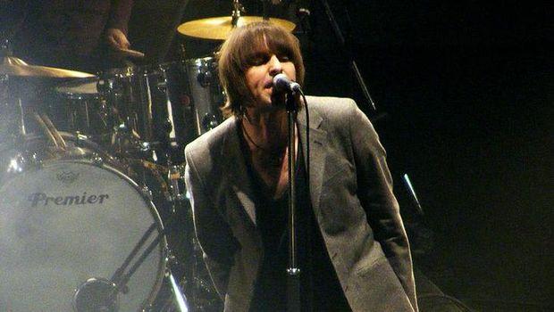 Kakak-adik Liam dan Noel Gallagher masih ribut bahkan hingga kini sudah berkeluarga.