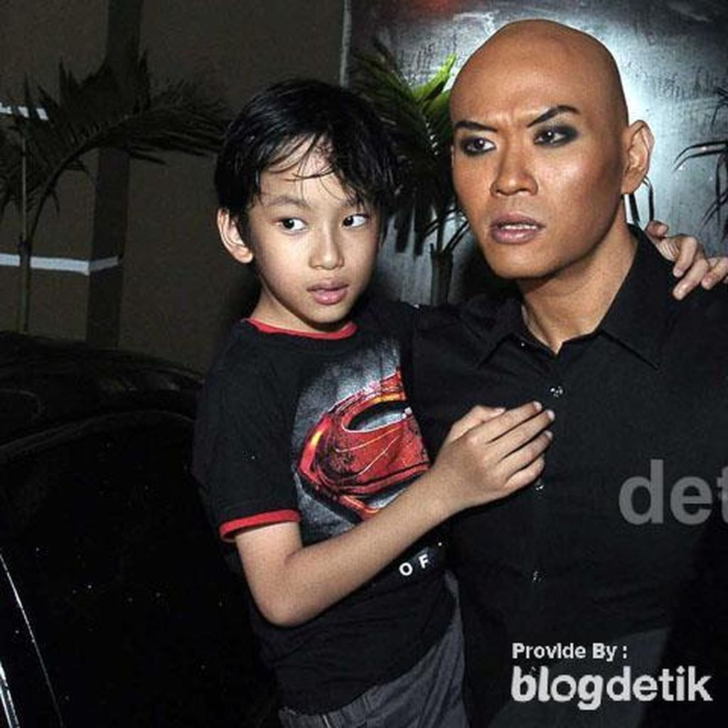 Azka Corbuzier Makin Mendunia Berkat Video Story of a Broken Home Kid