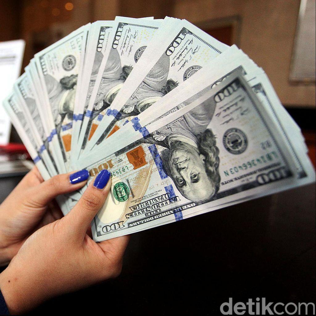 Denda 1 Miliar Jika Masih Bandel Menggunakan Dollar Dalam Negeri