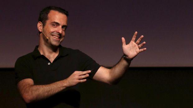 Hugo Barra, Korban Cinta Segitiga Pembawa Hoki bagi Xiaomi