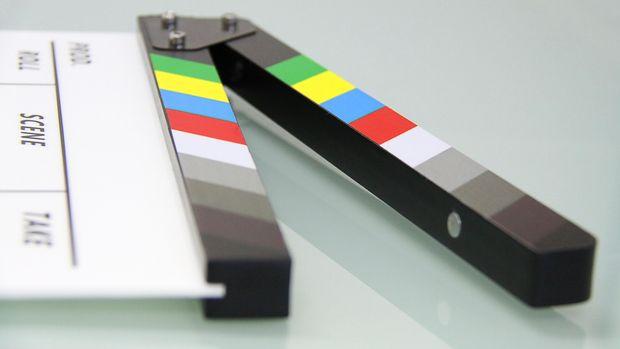 Untuk bisa tayang di depan publik secara legal di bioskop, sebuah film harus melalui proses sensor.
