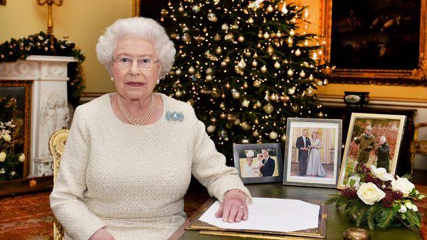 Ratu Elizabeth memiliki diet khusus yaitu tak santap pati saat makan malam