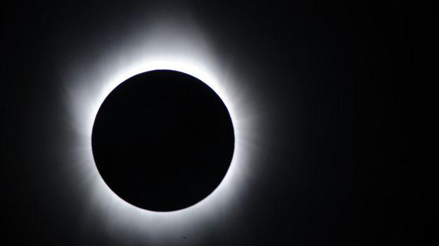 Gerhana Matahari Total 2016 di Indonesia Sangat Istimewa Bagi Pemburu Gerhana