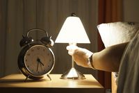Nyalakan lampu ketika bangun.