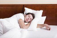 Tidur lebih awal, hindari begadang.
