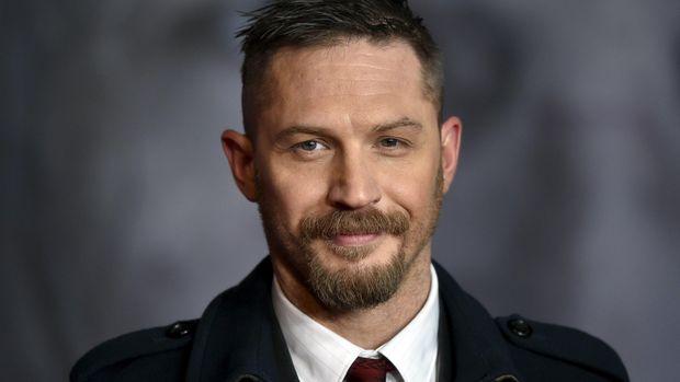 Tom Hardy menjadi salah satu aktor yang mudah dikenali dalam 'Dunkirk'.