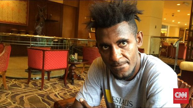 Yanto Basna ingin kecimpung di dunia politik setelah pensiun dari sepak bola.