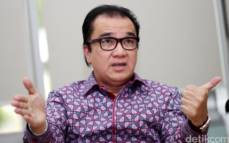 Tantowi Yahya Detail: Tantowi Yahya: Ketum Golkar Tak Boleh Lahir Dari Praktik