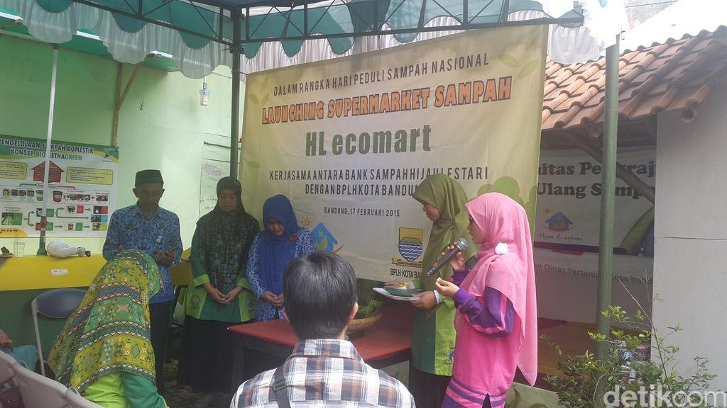 Launching minimart sampah HL Ecomart