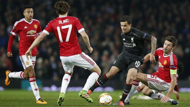 Philippe Coutinho menjadi pemain Liverpool yang harus diwaspadai lini belakang Manchester United.