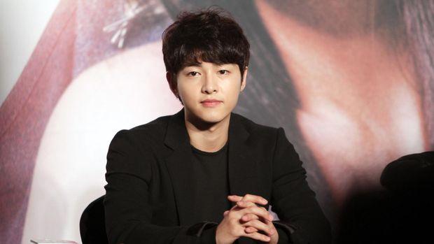 Awet Muda ala Pasangan Song Joong Ki dan Song Hye Kyo