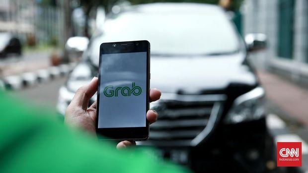 Grab merupakan salah satu dari tiga pemain besar dalam bisnis taksi online di Indonesia.