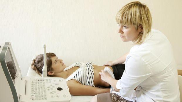 Agar Tes Kehamilan Lebih Akurat, Yuk USG ke Dokter!