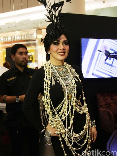 Foto: Penampilan Glamor ala 'Great Gatsby' Syahrini