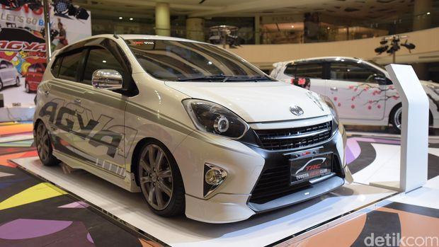 Komparasi Toyota Agya vs Daihatsu Ayla vs Daihatsu Sigra