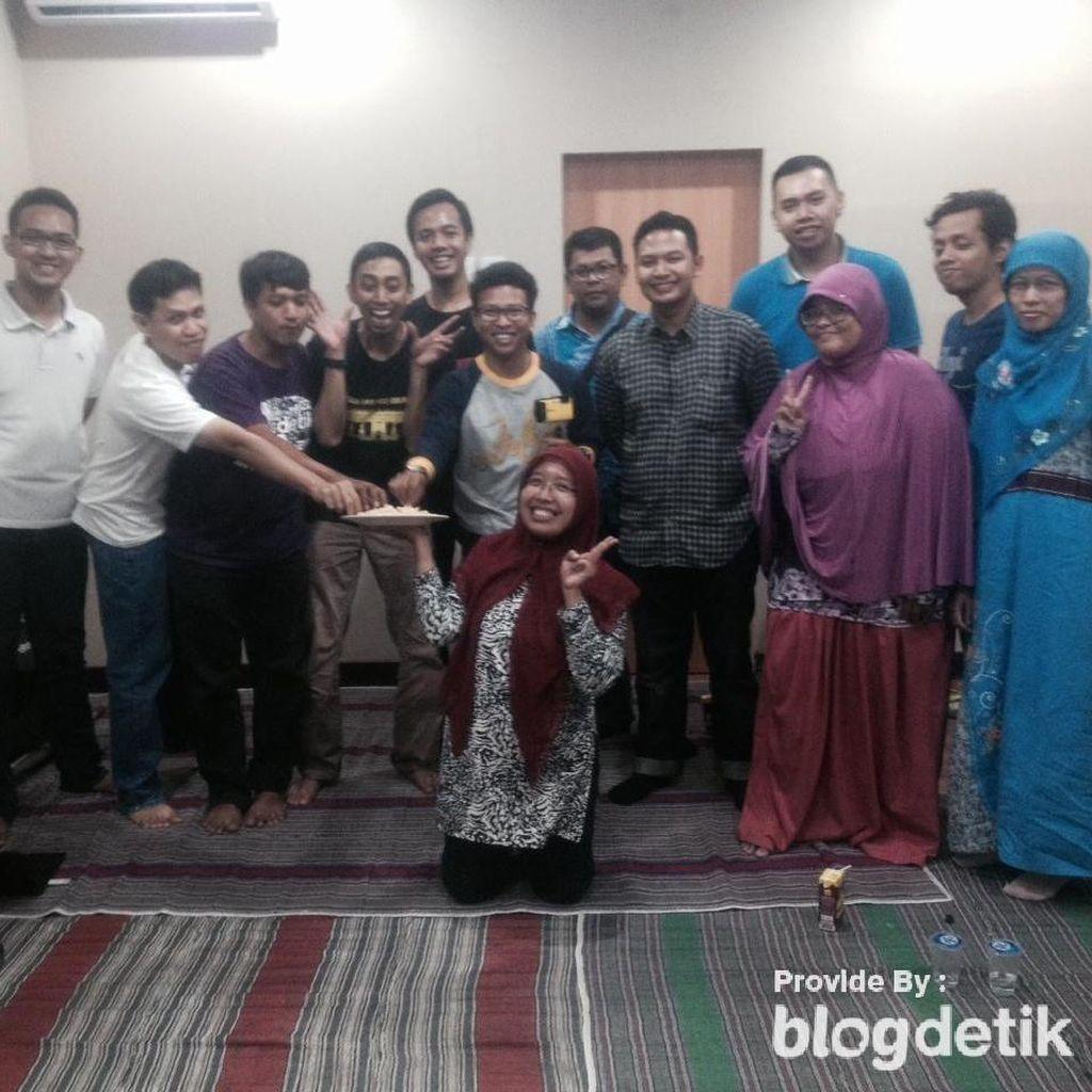 Menjadi Penulis Jujur Setelah Ikutan Sunday Sharing Surabaya #15!