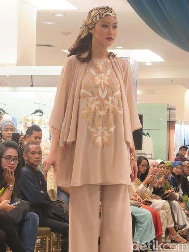Sambut Ramadan Metro Hadirkan Busana Muslim Karya