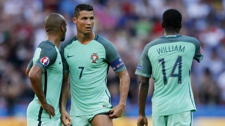 """""""Bandar Bola - Maradona: Portugal Terlalu Bergantung Pada Ronaldo"""""""