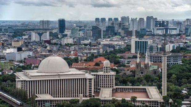 Pemandangan Masjid Istiqlal dari kejauhan (Thinkstock)