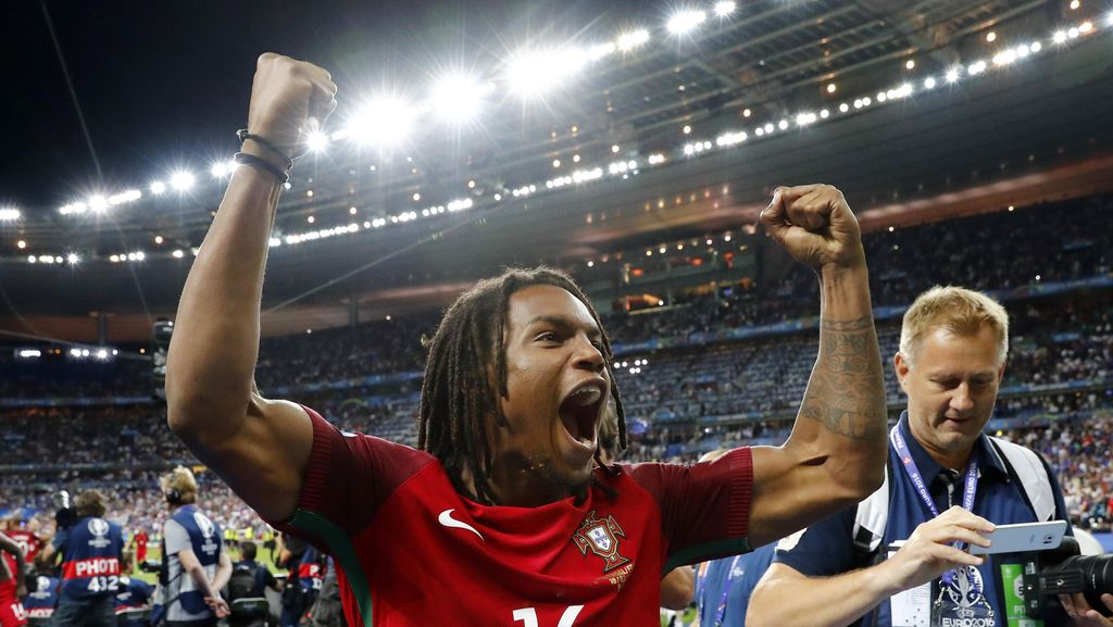 Renato Sanches Menangi Golden Boy 2016