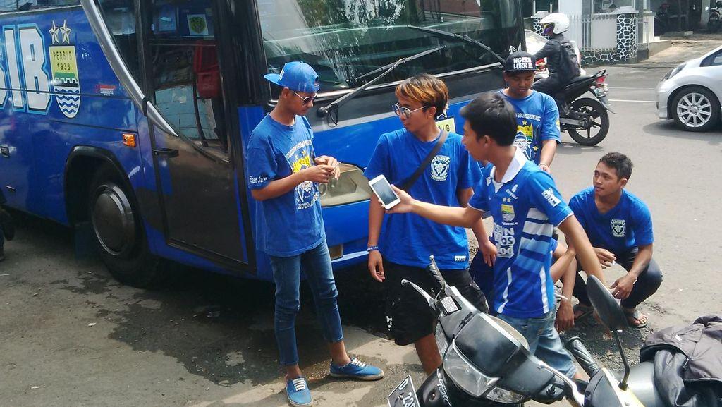 Klub dan PSSI Diminta Lebih Berperan Urusi Suporter