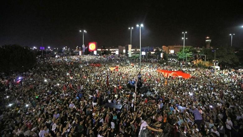 Sikap RI Atas Kudeta di Turki: Pentingnya Penghormatan pada Prinsip Demokrasi