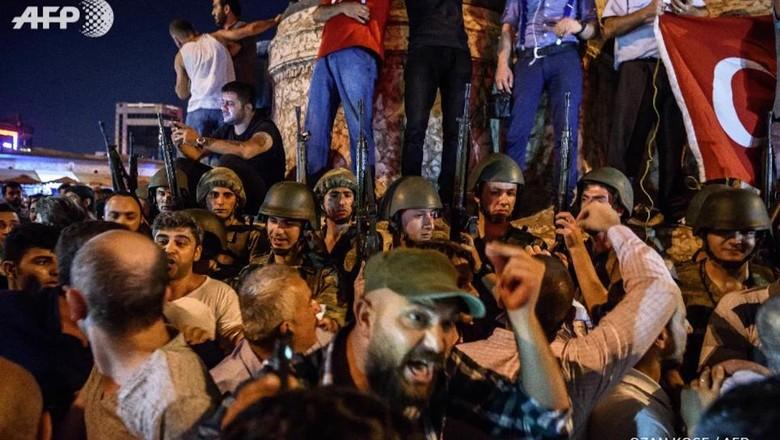 754 Tentara Ditangkap Terkait Percobaan Kudeta di Turki