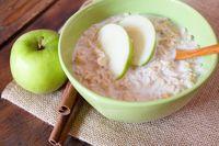 Cegah perut buncit dengan oatmeal.