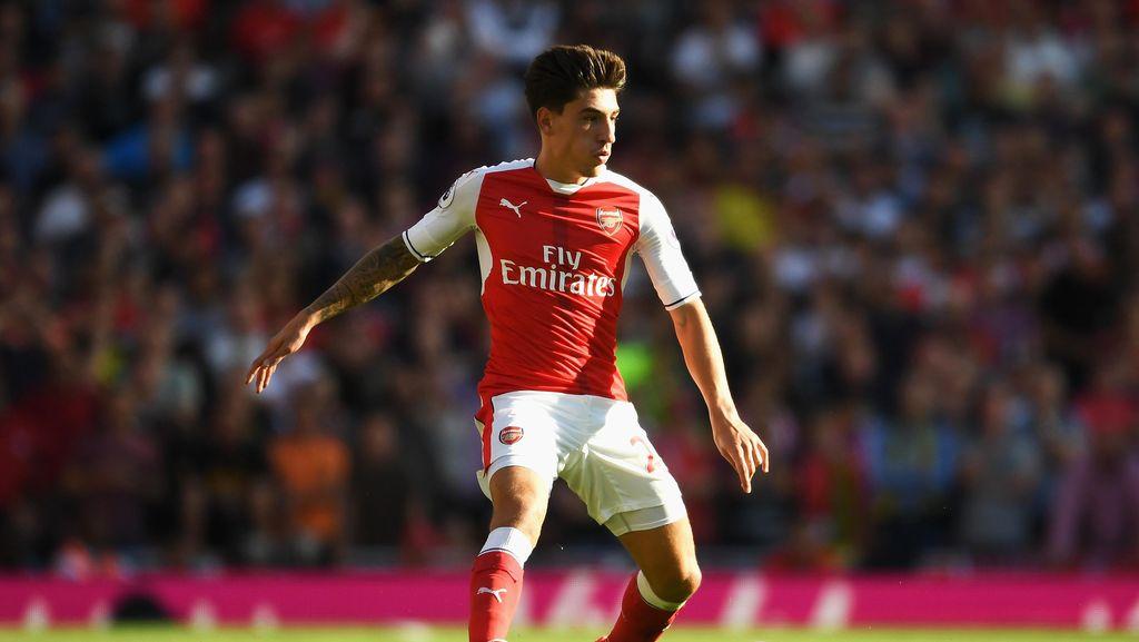 Pemain Arsenal ke Barca: Dulu Fabregas, (Mungkin) Nanti Bellerin