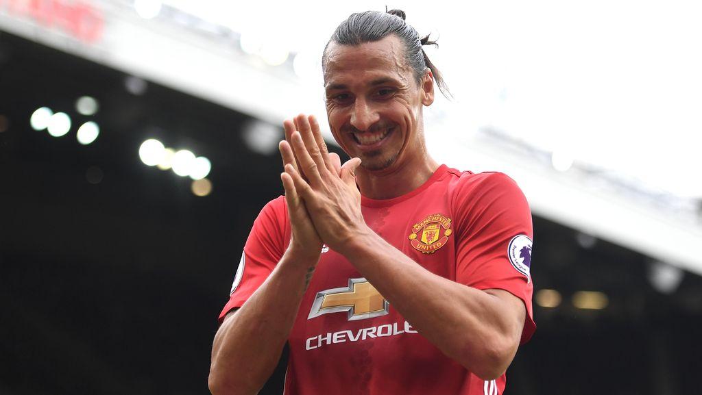 Ibra Penasaran Atmosfer Kemenangan dalam Derby Manchester