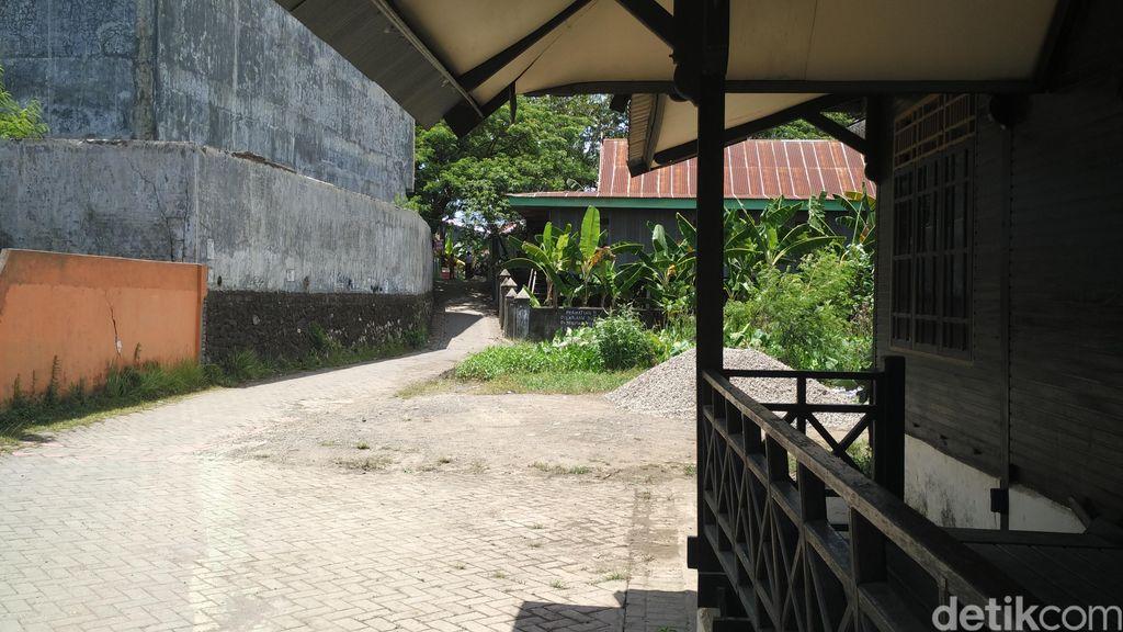 Padepokan Dimas Kanjeng di Makassar