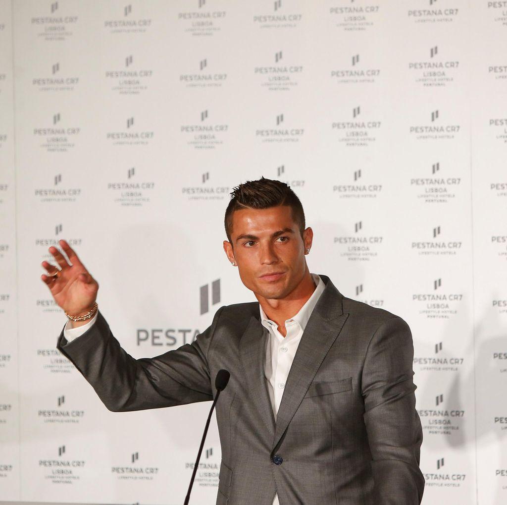Raul: Ronaldo Akan Menangi <i>Ballon dOr</i>