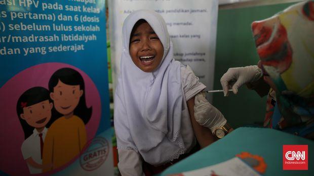 Imunisasi diberikan untuk meningkatkan imun tubuh terhadap penyakit