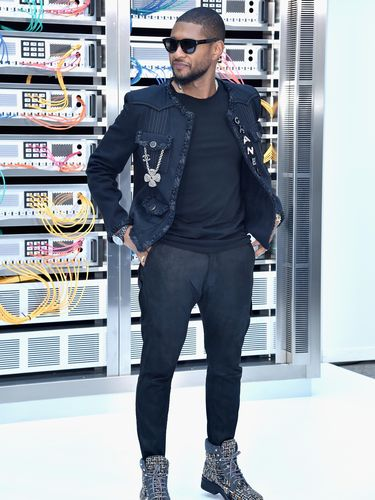 Usher di fashion show Chanel (Foto: Pascal Le Segretain/Getty Images)