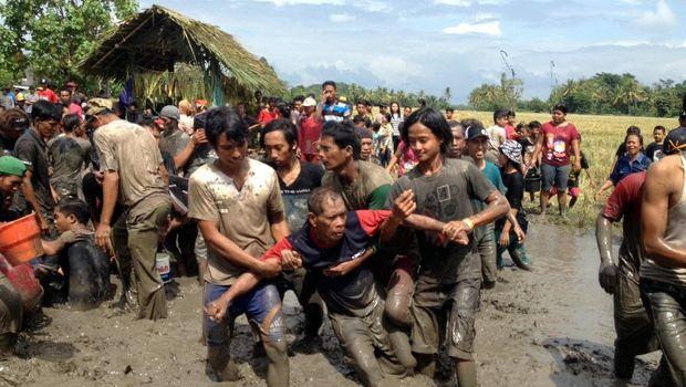 Ritual tahunan ini menyebabkan kesurupan massal warga desa (Ardian Fanani/detikTravel)