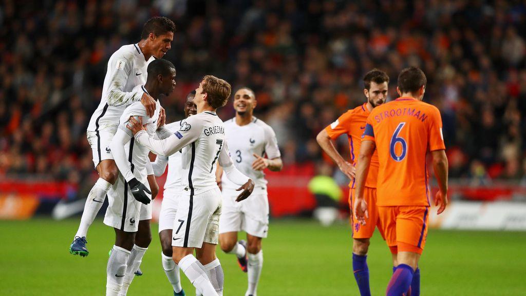 Gol Pogba Menangkan Prancis di Kandang Belanda