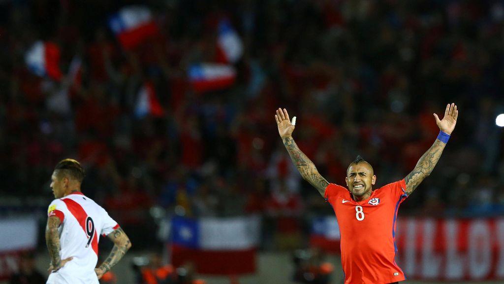 Dua Gol Vidal Menangkan Chile atas Peru