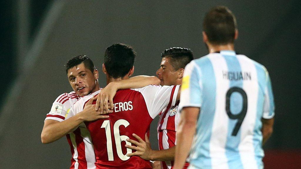 Argentina Ditumbangkan Paraguay di Kandang Sendiri