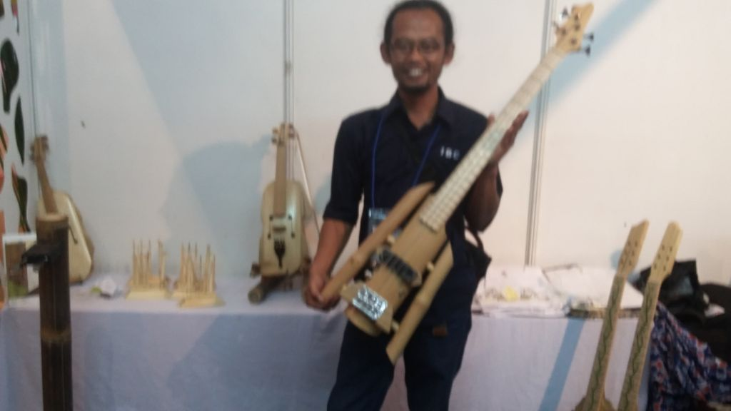 Alat Musik dari Bambu Ini Diekspor ke Malaysia hingga Yunani