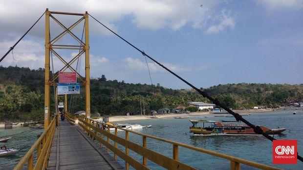 Kronologi Robohnya 'Jembatan Cinta ' Nusa Lembongan Bali