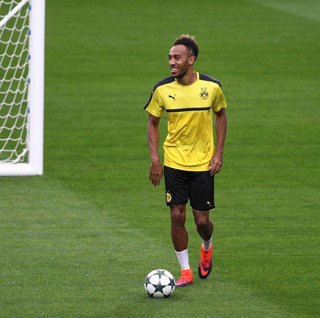 Badai Cedera di Dortmund: Kini Giliran Aubameyang