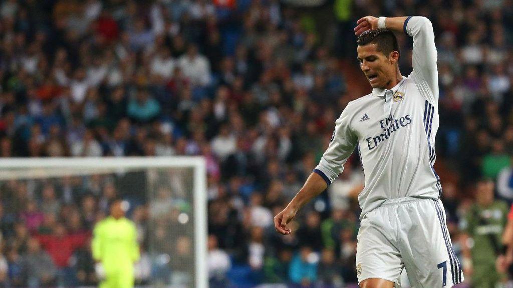 Zidane: Sorakan Publik Bernabeu Tak Akan Pengaruhi Ronaldo