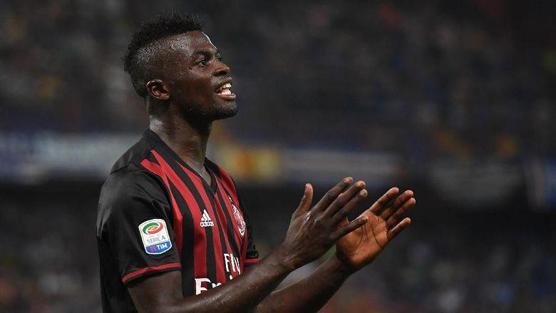 Niang Ingin Mengantar Milan Untuk Raih Ke Suksesan