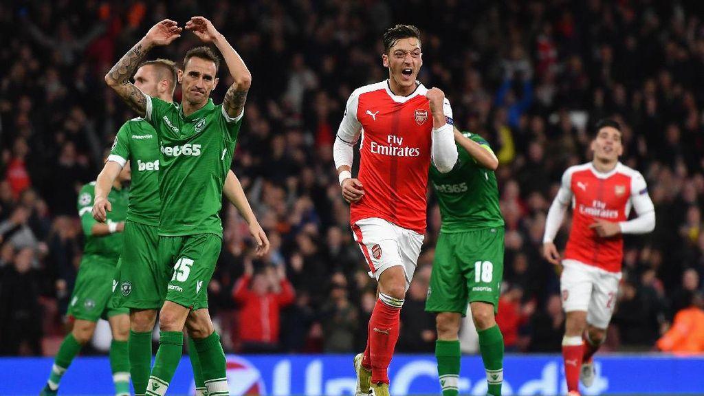Oezil Hat-trick, Arsenal Libas Ludogorets 6-0