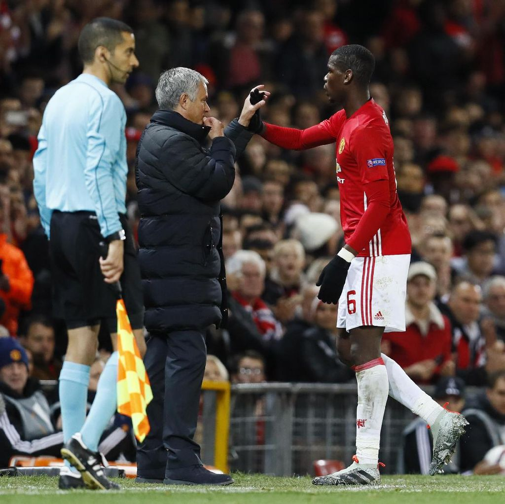 Mourinho Soal Pogba: Dua Hari Lalu Pemain Terburuk, Kini Fenomenal