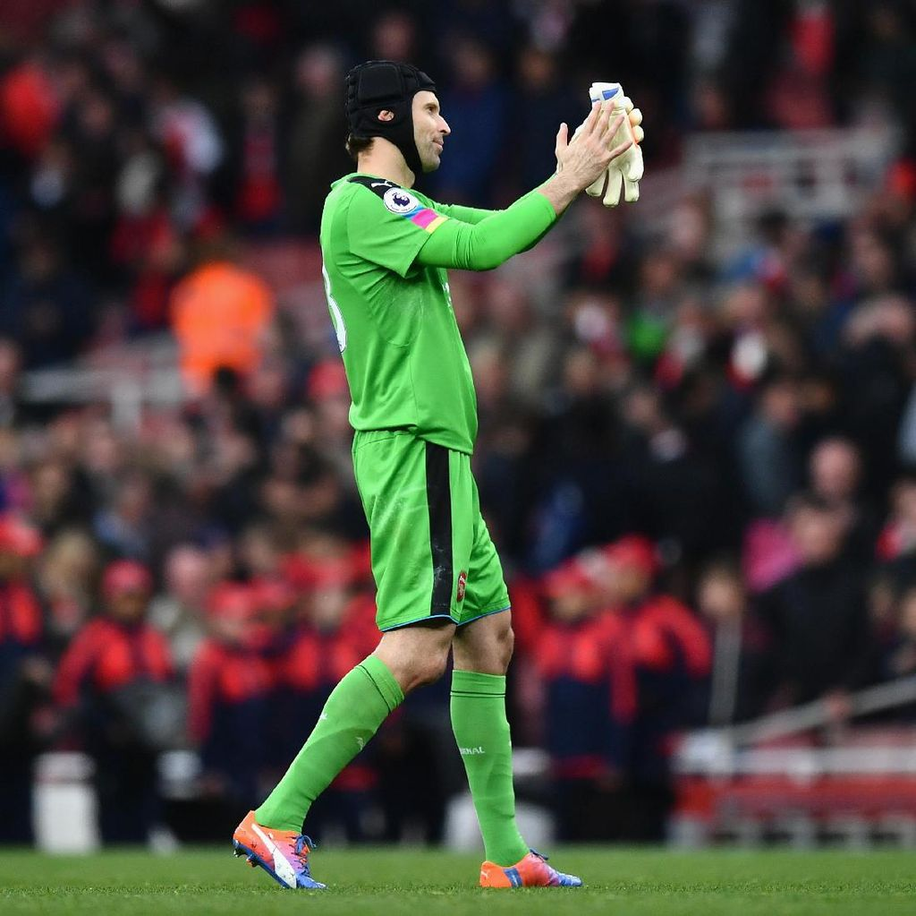 Diimbangi Middlesbrough, Cech: Arsenal Terlalu Terburu-buru