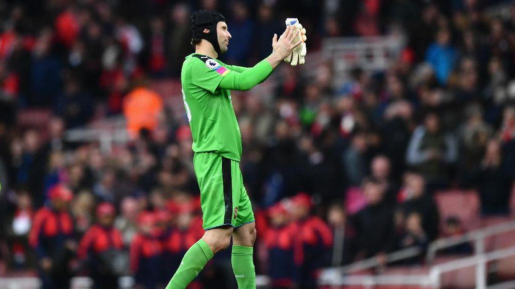 Diimbangi Middlesbrough, Cech: Arsenal Terlalu Terburu-buru