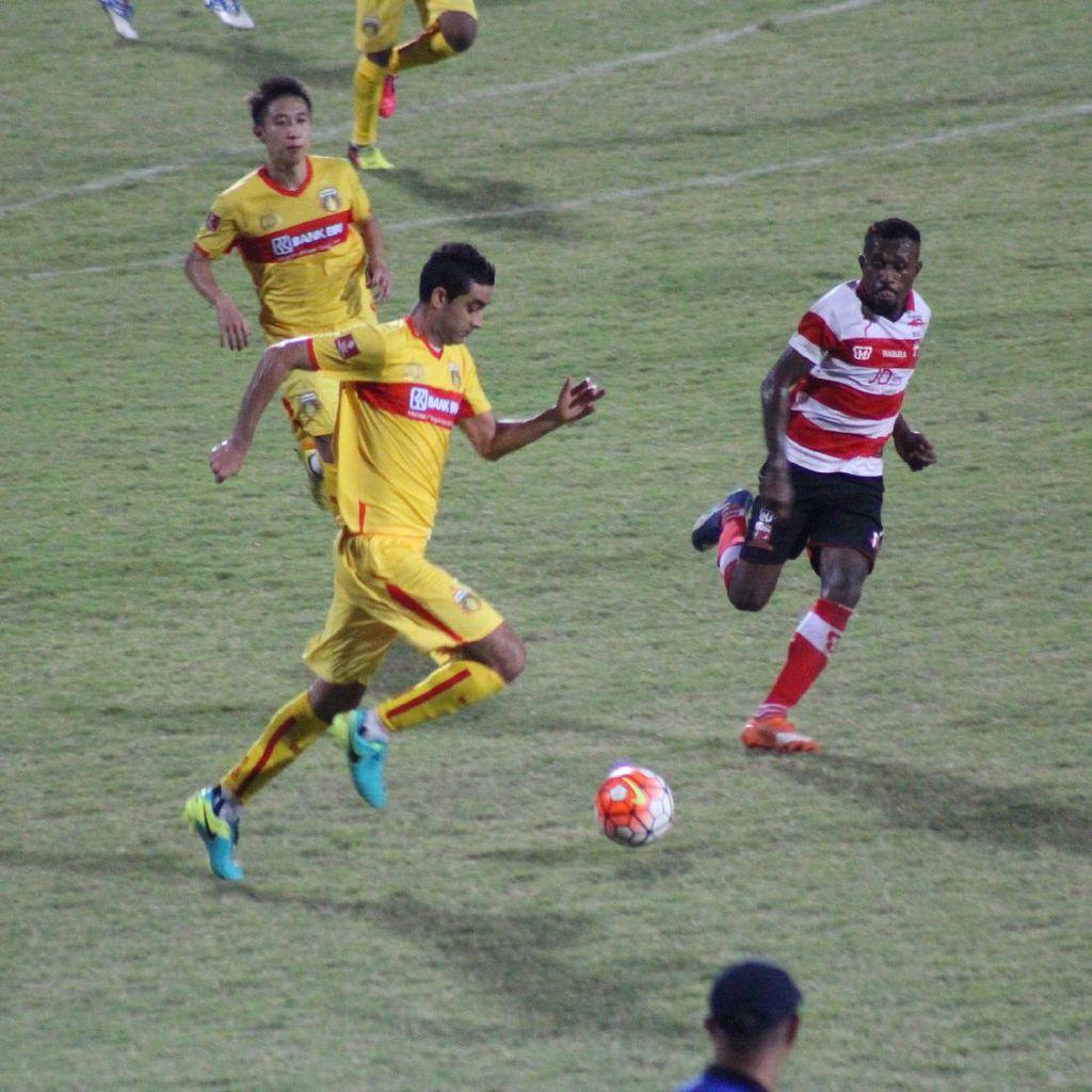 Madura United Berimbang 1-1 dengan Bhayangkara United
