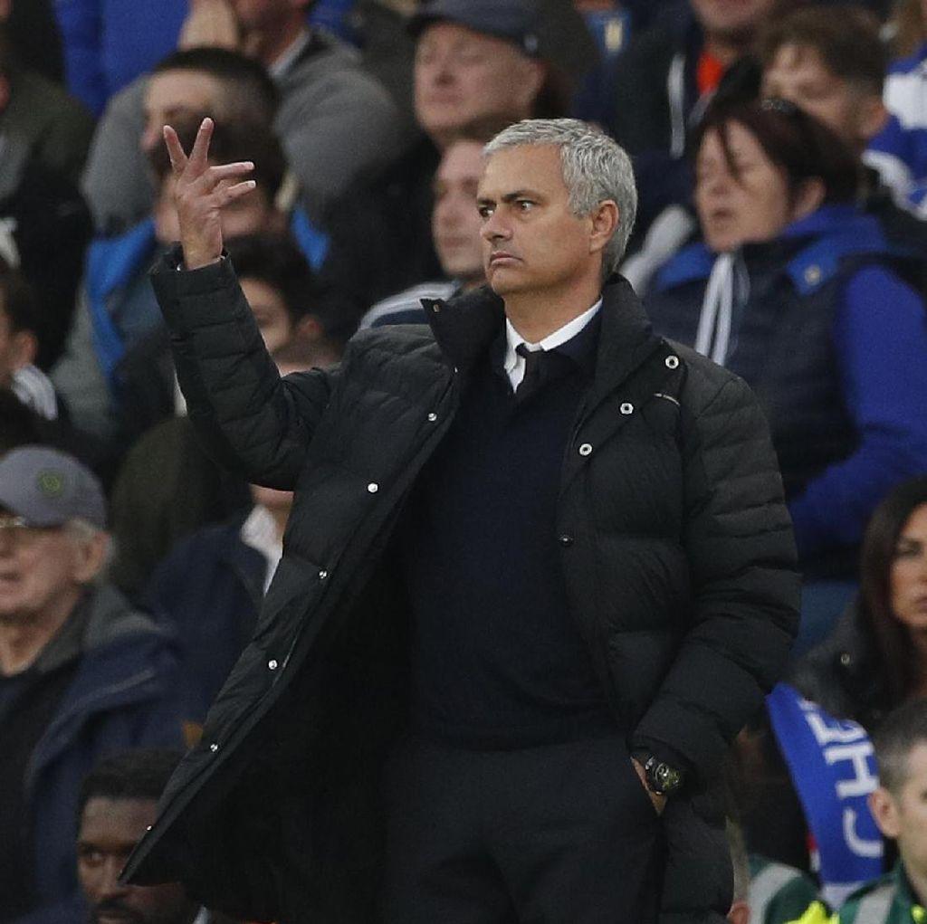 Mourinho Tak Lagi Spesial untuk Publik Stamford Bridge