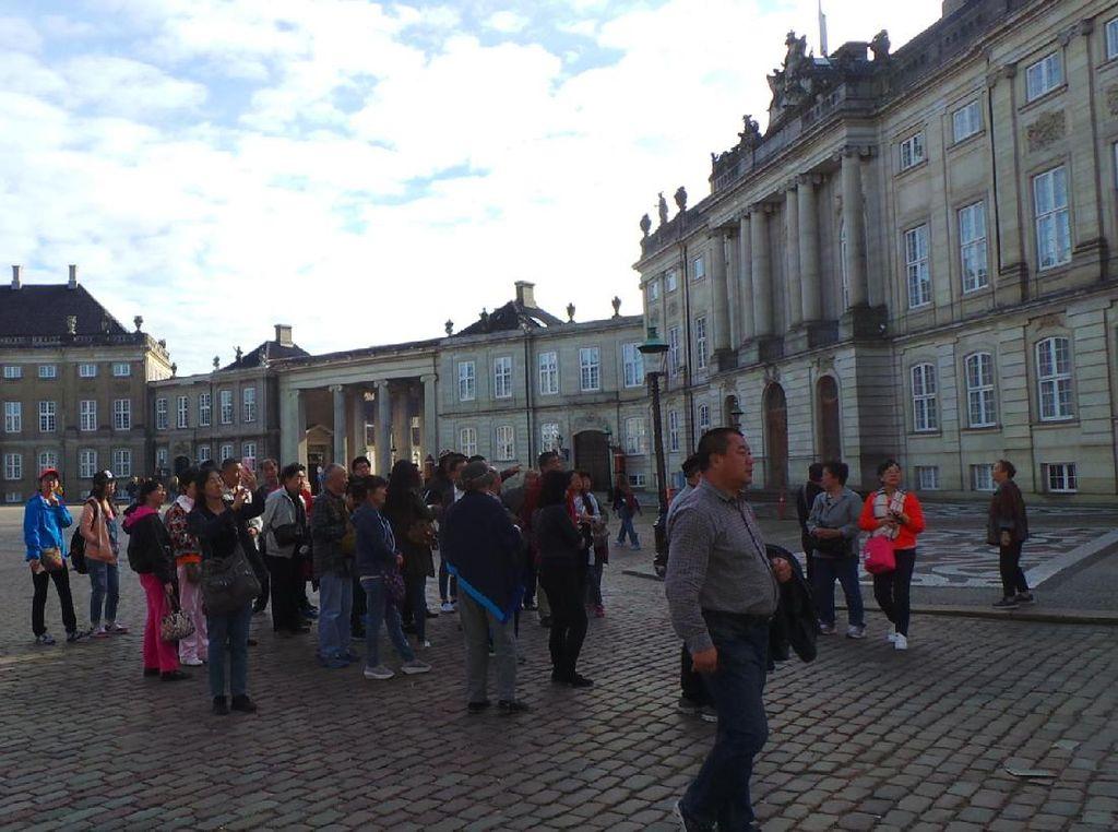 Begini Rasanya Wisata ke Istana Keluarga Kerajaan Denmark